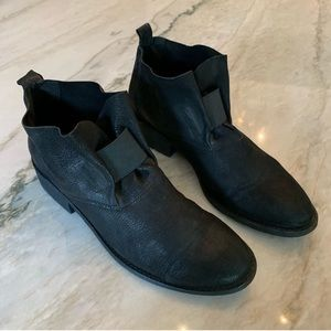 Black Leather Eileen Fisher Booties